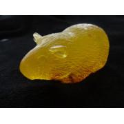 """Ručně vyráběné mýdlo """"morče"""" s heřmánkem a pomerančem"""