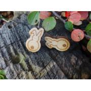 """Dřevěné náušnice - puzety """"králičí pozadí"""""""