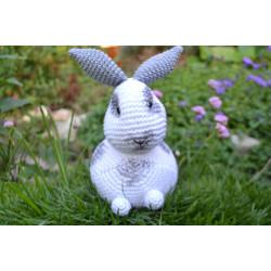 Háčkovaný králíček FLÍČEK